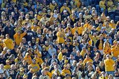 美国学院人群橄榄球wvu 库存图片