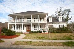 美国家庭豪宅南部的样式 库存照片