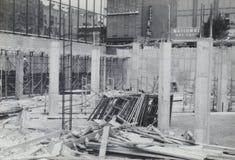美国广场早建设银行门 库存照片