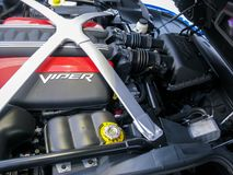 美国异乎寻常的肌肉汽车,推托蛇蝎SRT10引擎 免版税库存照片