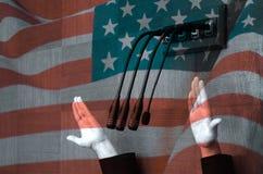 美国政客在议会辩论中 免版税库存图片