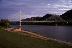 美国格兰特桥梁-俄亥俄河 免版税图库摄影