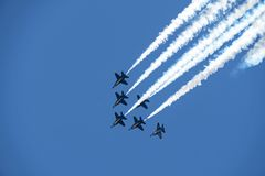 美国海军蓝色天使实践在彭萨科拉佛罗里达2018年7月 免版税库存照片