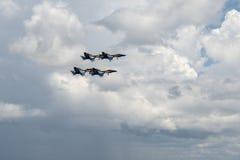 美国海军蓝色天使实践在彭萨科拉佛罗里达2018年7月 库存照片