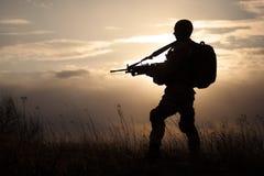 美国海军陆战队员剪影  免版税库存照片