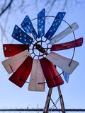 美国爱国风车 库存图片