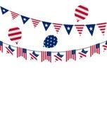 美国独立日的美国垂悬的旗布信号旗 免版税库存图片