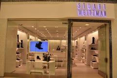 美国的购物中心的斯图尔特威茨曼商店在布鲁明屯,明尼苏达 库存照片