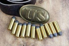 美国皮带扣与左轮手枪弹药筒的南北战争期间 库存照片