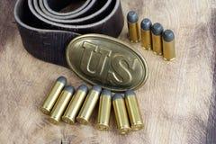 美国皮带扣与左轮手枪弹药筒的南北战争期间 免版税库存图片
