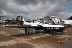 美国空军队赛斯纳T-37鸣叫教练员喷气机 免版税图库摄影