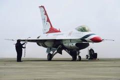 美国空军雷鸟喷气机, F-16C猎鹰 图库摄影