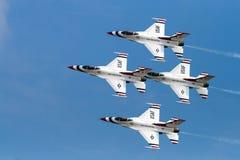 美国空军雷鸟的F-16 库存图片