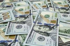 美国美元,美国$ 100,老和新的100美元图片、了不起的美元图片用不同的概念财务的和股票exchang 免版税库存照片