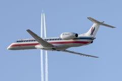 美国老鹰航空公司美国航空巴西航空工业公司ERJ-140航空器 图库摄影