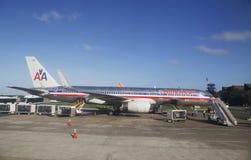 美国航空飞机在蓬塔Cana国际机场,多米尼加共和国 免版税库存照片