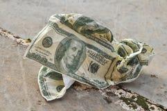 美国被弄皱的美元表单餐巾 库存照片