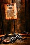 美国西部传奇火器法令和枪 免版税图库摄影