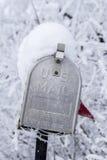 美国邮箱特写镜头在冬天 库存图片