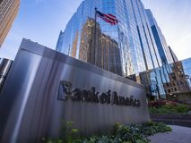美国银行现代办公室buidlings在俄克拉何马市-俄克拉何马市-俄克拉何马- 2017年10月18日 免版税库存图片