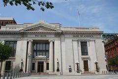 美国银行的大厦和PNC开户 库存照片