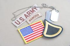 美国陆军一等兵茂盛的补丁、别动队员选项、旗子补丁和卡箍标记 免版税库存图片