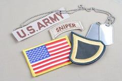 美国陆军一等兵茂盛的补丁、狙击手选项、旗子补丁和卡箍标记 免版税库存图片