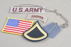 美国陆军一等兵茂盛的补丁、狙击手选项、旗子补丁和卡箍标记 库存照片