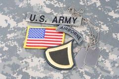 美国陆军一等兵茂盛的补丁,空中选项,旗子补丁,与在单伪装的卡箍标记 免版税库存图片