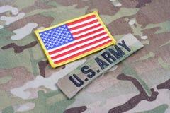 美国陆军有旗子补丁的分支磁带在制服 免版税库存图片