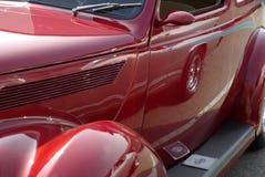 美国马力强大的红色汽车 库存照片