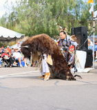 美国,亚利桑那:水牛城和印地安人-水牛城进贡舞蹈 库存照片