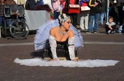 美国, AZ :街道艺术家3 -一只遭受的天鹅  库存照片