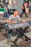美国, AZ/Tempe :古典钢琴演奏家Eliah Bossenbroek 免版税库存照片