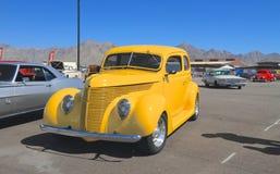 美国:古色古香的车的1938年福特 免版税库存照片