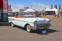 美国:经典车的1957年薛佛列贝莱尔敞篷车 免版税图库摄影