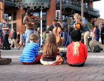 美国:年轻音乐爱好者 库存照片