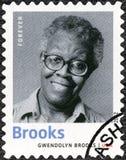 美国- 2012年:展示Gwendolyn伊丽莎白溪1917-2000,美国诗人、作者和老师,系列文学的诺贝尔奖得奖人 图库摄影