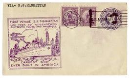 美国- 1932年8月10日:美国历史信封:有封印第一次远航的S盖子 S 曼哈顿和thee posta 免版税库存照片