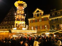美好的中世纪圣诞节市场在Esslingen,德国 免版税库存图片