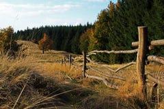 美好的乡下视图在一秋天天 免版税库存图片