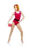与球的健身模型 免版税库存图片