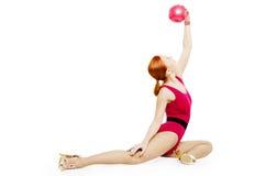 与球的健身模型 免版税库存照片