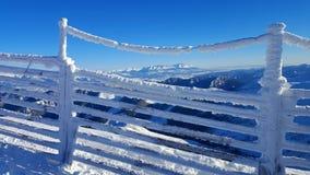 美好的冬天风景在喀尔巴汗 免版税库存照片