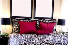 美好的卧室设计内部 库存照片