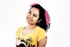 美好的印地安女性模型关闭面孔 免版税库存图片