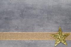 美好的圣诞节例证担任主角向量 圣诞节模式 在灰色颜色的背景 库存照片
