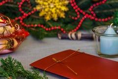 美好的圣诞节设计例证向量 与礼物的圣诞节背景,圣诞节12月 库存图片