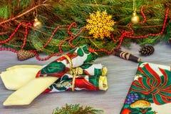 美好的圣诞节设计例证向量 与礼物的圣诞节背景,圣诞节12月 免版税库存图片