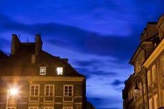 美好的在华沙oldtown的晚上都市横向 图库摄影